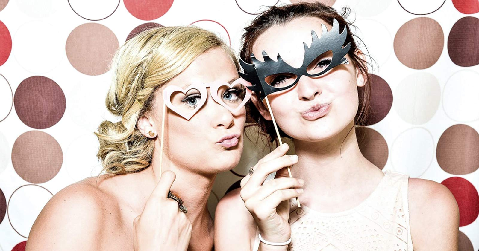 Event Photo Booth Ideas & A Social Wall to Spice Up Your Event
