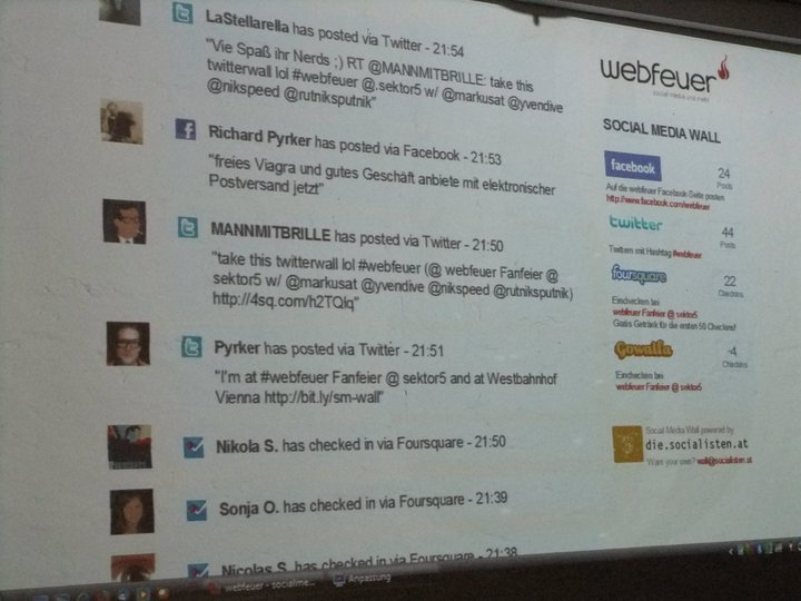 Walls.io social wall in its first iteration and format; basically a list of social media posts listed underneath each other, much like Twitter.